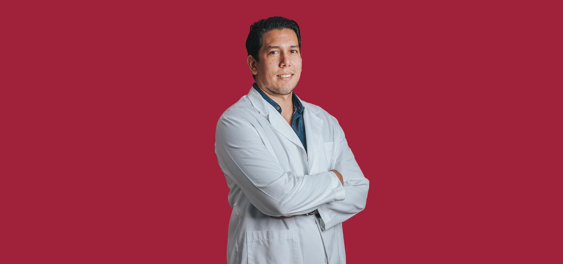 Dr. Omar Zacapa Espinoza